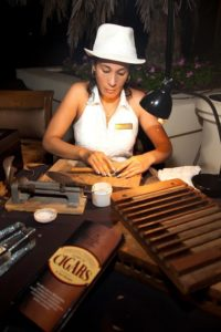 master-cigar-rollers-2